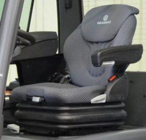 Siège de chariot élévateur à suspension pneumatique revetement tissu avec accoudoir et extension de dossier